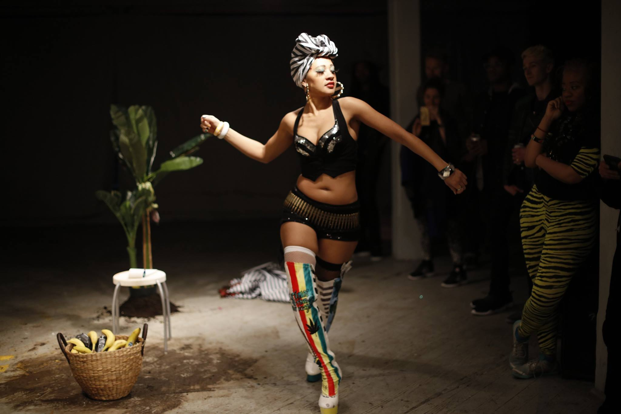 """Crop Killa"" performed by Jodie Lyn-Kee-Chow at Grace Exhibition Space (2016) Photo by Miao Jiaxin"